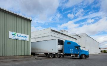 Exterior photo of Lineage's Wenatchee facility