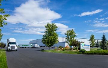 Exterior photo of Lineage's Quincy International facility