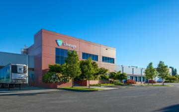 Exterior photo of Lineage's Centralia, WA facility