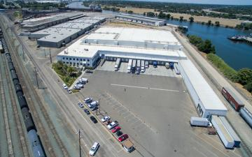 Aerial photo of Lineage's Stockton facility