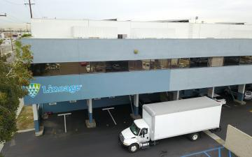 Exterior photo of Lineage's Vernon 5 facility