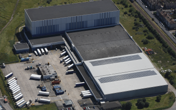 Aerial photo of Lineage's Grimsby facility