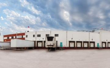 Panorama photo of Lineage's Dodge City facility