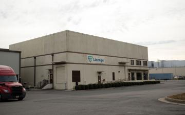 Exterior photo of Lineage's Richmond - Chesapeake facility