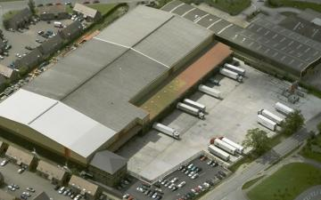 Aerial photo of Lineage's Coleshill facility