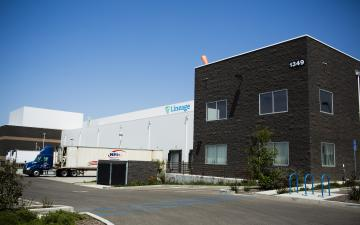 Exterior photo of Lineage's Santa Maria - La Brea facility