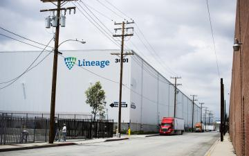 Exterior photo of Lineage's Vernon - Sierra Pine facility
