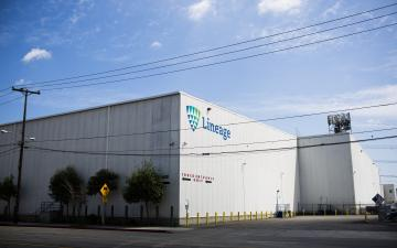 Exterior photo of Lineage's Bandini facility