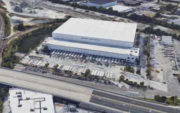 Aerial photo of Lineage's Jacksonville facility