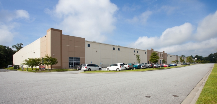 Exterior photo of Lineage's Pooler, GA facility