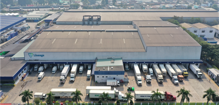aerial photo of cold storage warehouse