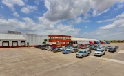 Exterior photo of Lineage's McAllen - South Ware facility