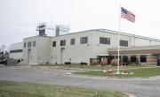 Exterior photo of Lineage's Stevens Point facility